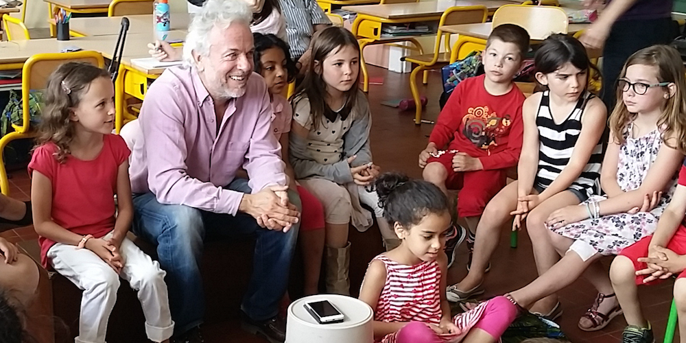 Frédéric Lenoir lors d'un ateliers philo avec les enfants